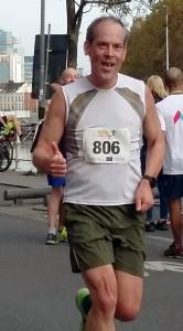 Martin Groenewegen in runner suit.